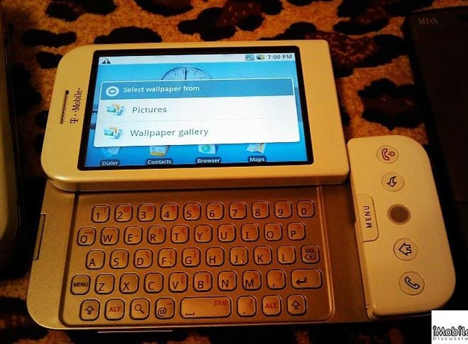 T-Mobile G1, the first mobile phone with Google Android operating system
