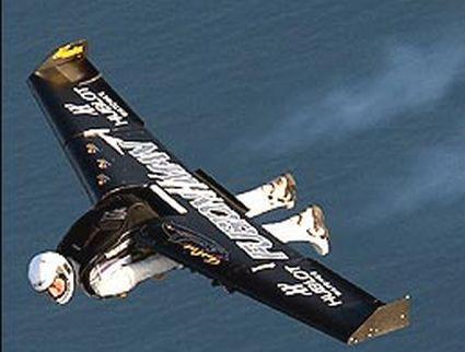 yves rossy jet pack jetman