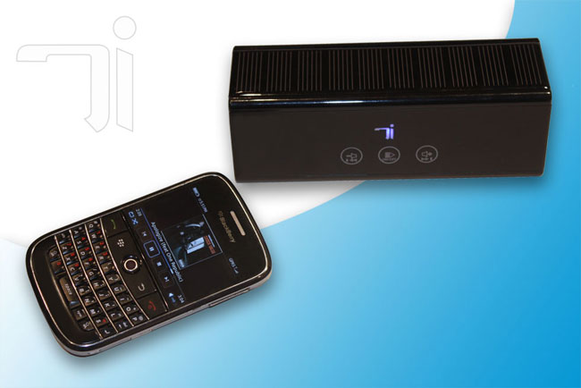 Devotec Solar Powered Wireless Speakers