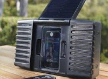 Soulra Solar Powered iPod Speaker