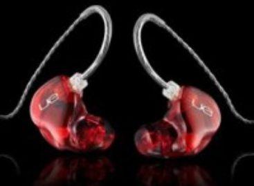 Ultimate Ears 18 Pro Earbuds