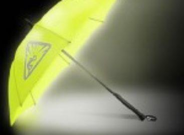 StrideLite Illuminating Umbrella