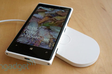 AT&T Prices Lumia 920, HTC 8X