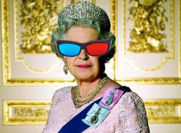 Queen Elizabeth II's Christmas Message Reportedly in 3D