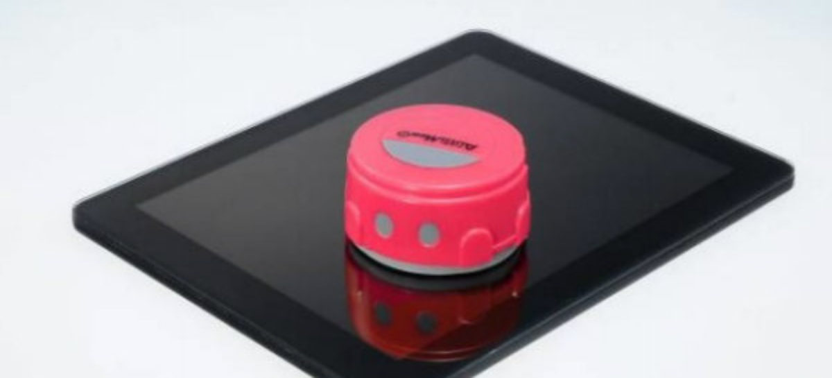 Takara Tomy AutoMee S Mini Robot Cleaner