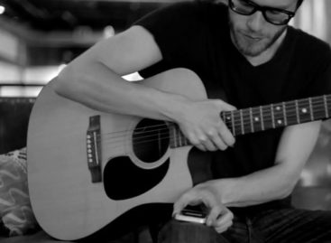 Hum Songwriting App for iPhone