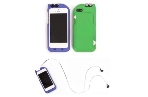 TurtleCell iPhone Case With Retractable Earbuds
