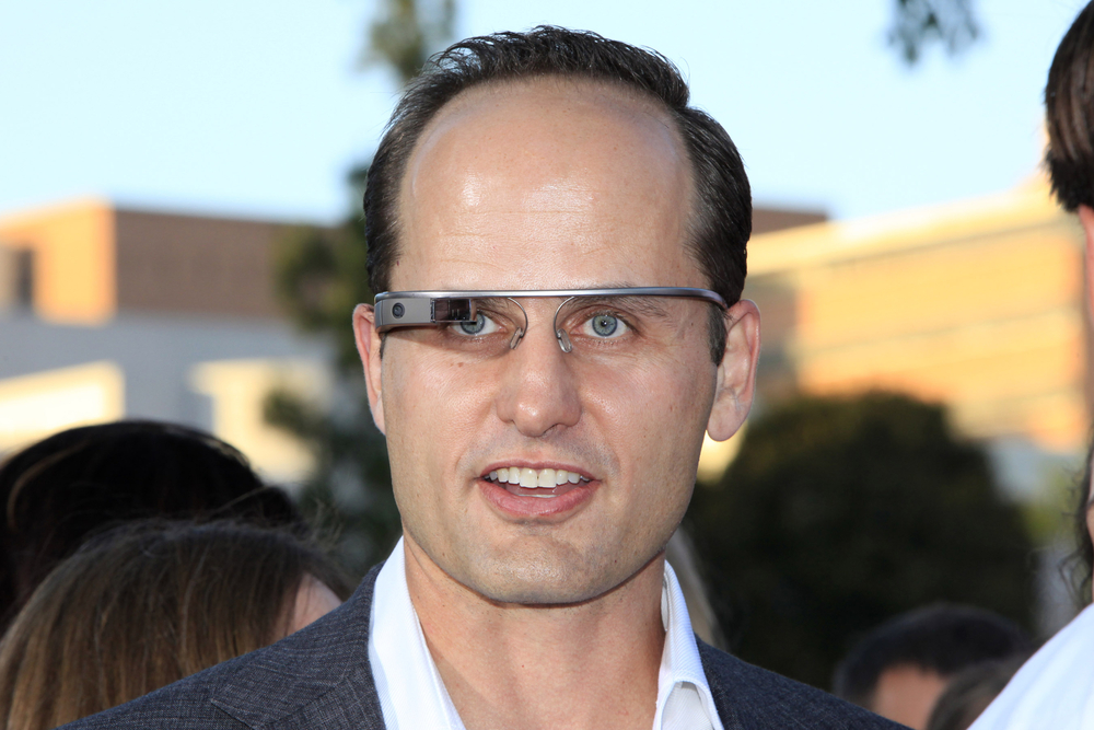 Google Glass security flaw detected.