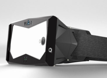 vrAse converts smartphones into VR headsets