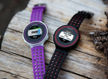 Garmin Forerunner 220 and 620 running watches