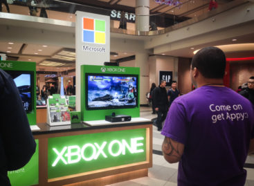One million Xbox One units sold on first day