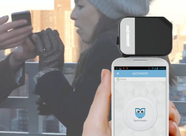 Alcohoot: World's first smartphone breathalyzer