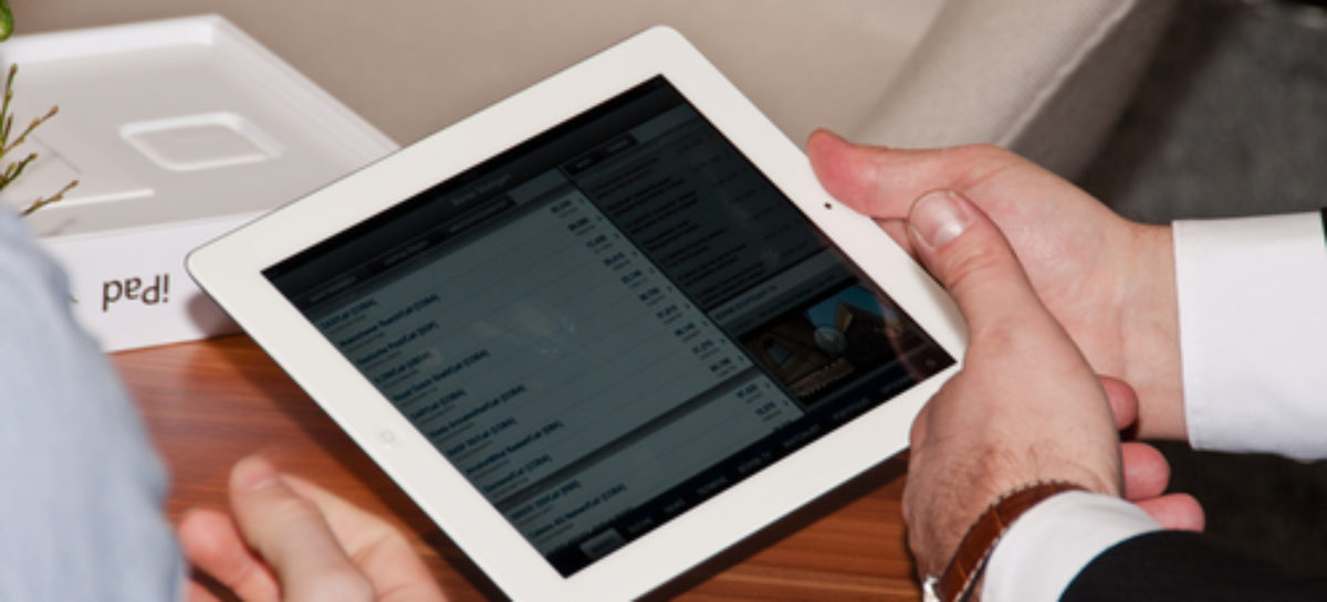 Apple ditches iPad 2 with discounted iPad 4