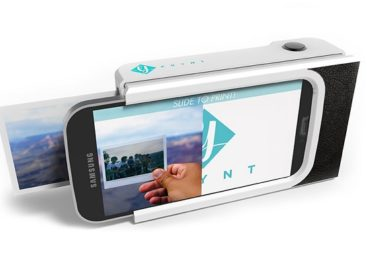 The Prynt Prints Your Smartphone Photos On The Go
