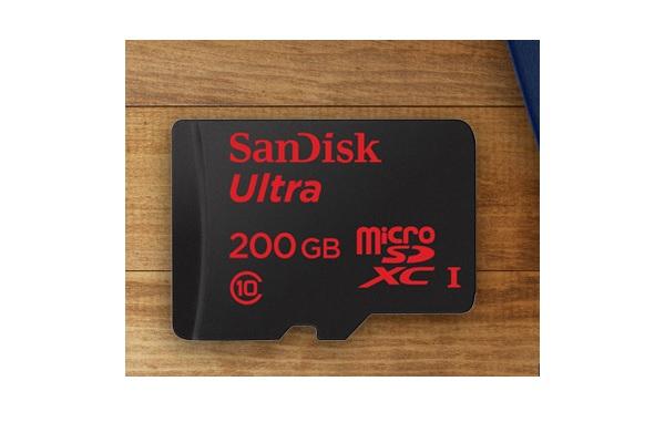SanDisk Ultra 200GB microSD card
