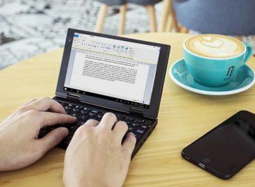 Peakago Ultra-Compact Laptop
